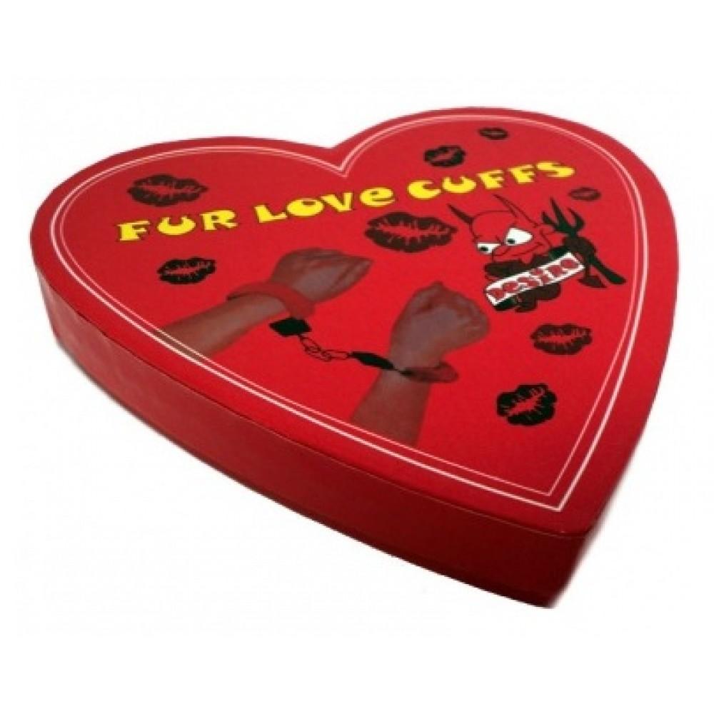 Наручники Fur Love Cuffs отличный сувенир для любимой фото 1